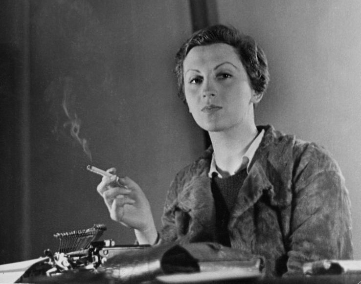 Gerda Taro, à Paris, en 1936.