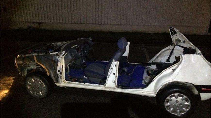 Il y avait un adolescent de 16 ans au volant de cette voiture interceptée sur un boulevard de Nantes