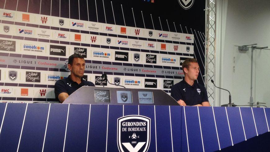 L'entraîneur des Girondins de Bordeaux, Gustavo Poyet, et le milieu Lukas Lerager, ce mercredi, en conférence de presse
