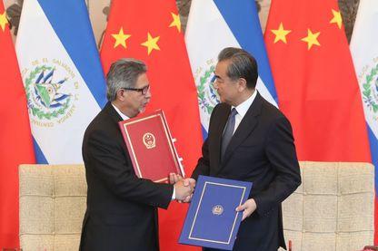 Le Salvador vient d'établir des relations diplomatiques et politiques avec la Chine