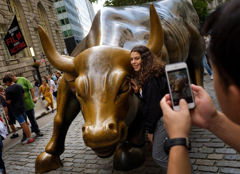 Le taureau de Wall Street se trouve non loin de la bourse de New York dans le sud de Manhattan... mais le vrai centre névralgique de la finance New Yorkaise c'est plutôt Park Avenue...