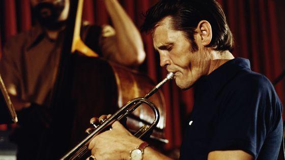 Chet Baker sur scène au Blue Note club in New York in 1974