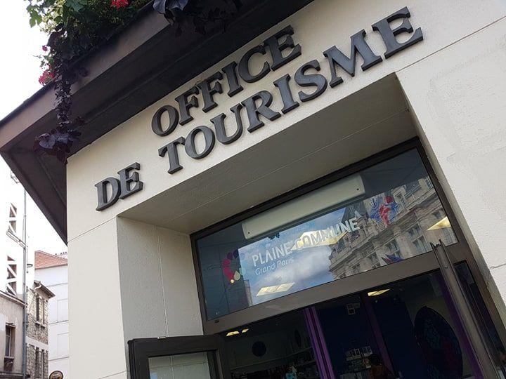 L'Office de Tourisme.