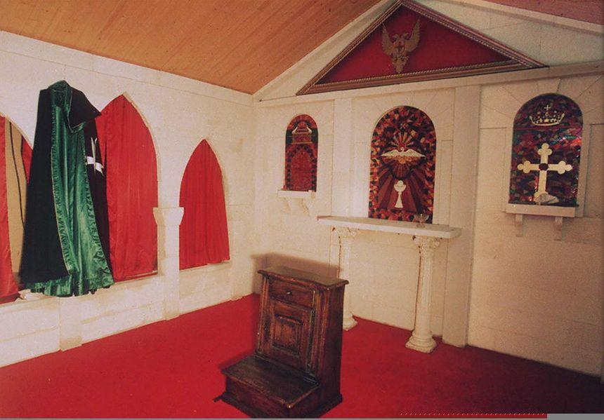 Photo, du 07 octobre 1994, montrant la chapelle de la secte du Temple solaire à Cheiry en Suisse.