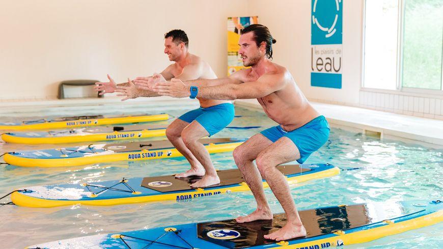 Aqua stand up paddle
