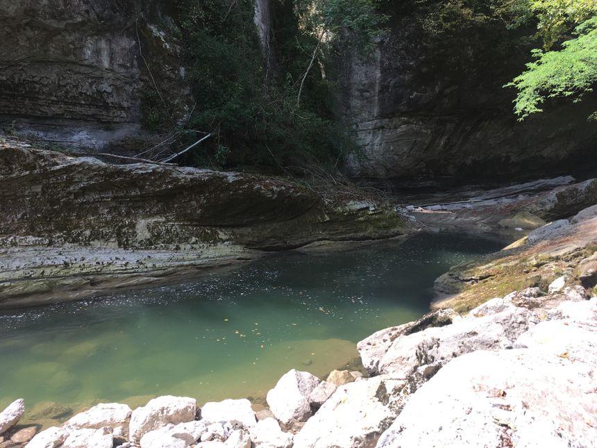 Interdiction d'approcher la rivière à Cusy et Alby sur Chéran