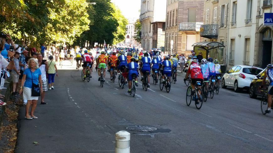 Des milliers de cyclotouristes ont encore circulé dans les rues d'Epinal ce dimanche