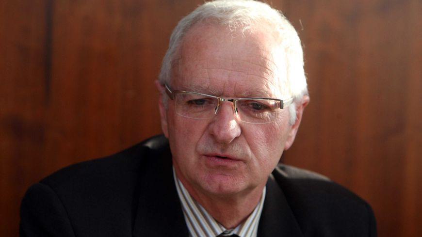 Le maire d'Achicourt Pascal Lachambre, le 4 mars 2010