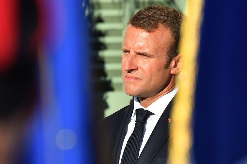 Emmanuel Macron le 17 août au cours de la cérémonie commémorant le 74ème anniversaire de la libération de Bormes-les-Mimosas et à l'hommage aux anciens combattants.