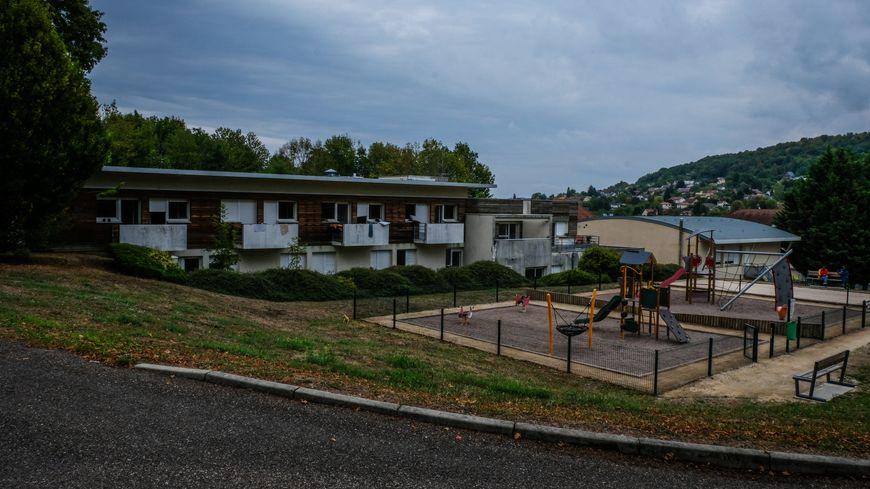 Arrivée de 5 migrants de l'Aquarius au centre d'acceuil  et d'orientation (CAO) d'Échenoz-la-Méline en Haute-Saône.