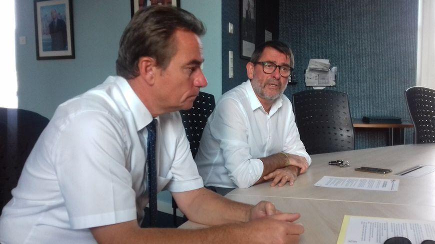 les maires de Château-Gontier et d'Azé réunis pour sceller l'union
