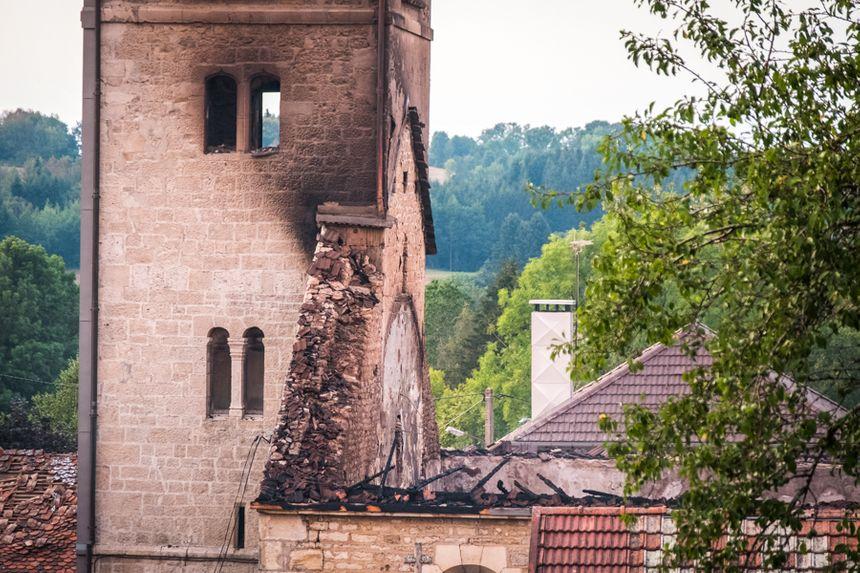 De l'église, il ne reste plus que les murs