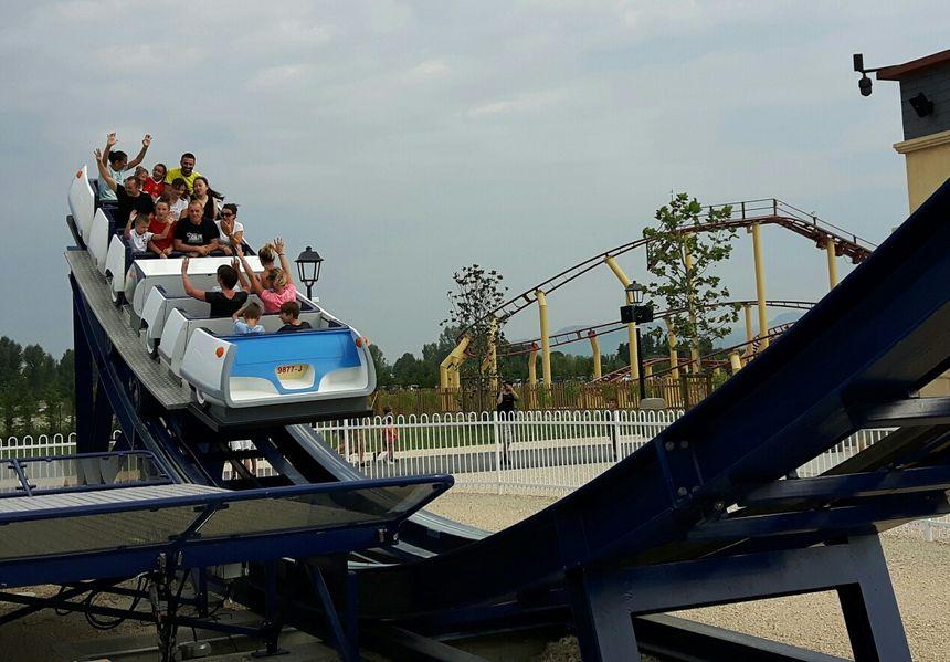 En voiture ! Le parc Spirou restera ouvert jusqu'au début novembre