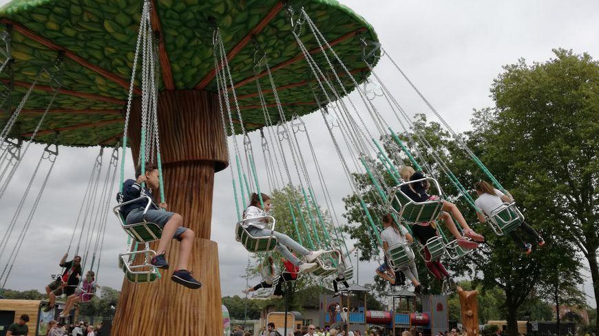 Le parc compte quinze manèges, dont deux n'ouvriront que cet automne.