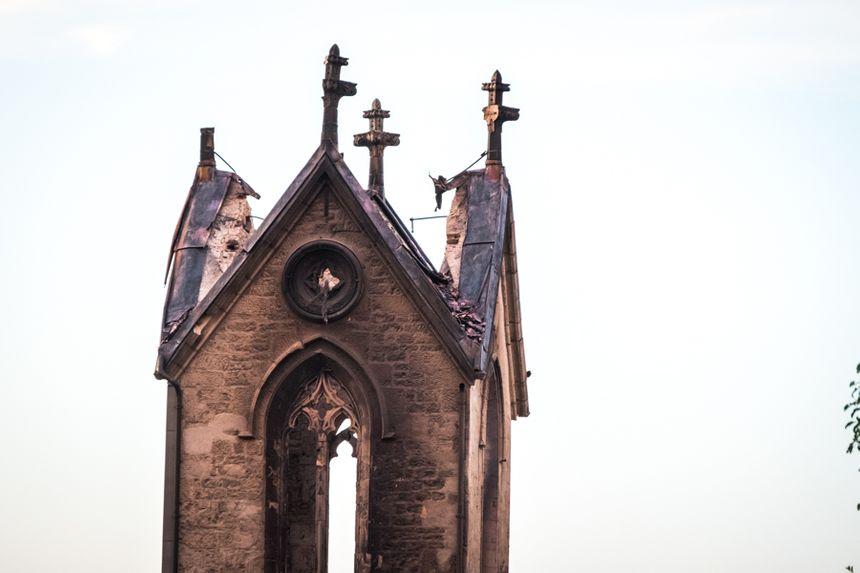 Ce qu'il reste du clocher