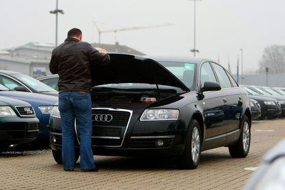 Le but de la prime à la casse : lutter contre la pollution en encourageant financièrement les automobilistes à mettre à la casse leur vieux modèle pour acheter un véhicule propre.