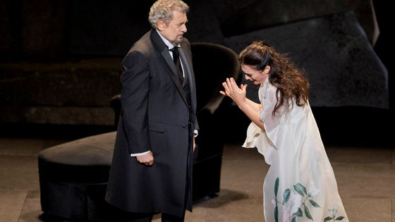 Placido Domingo interprétant Giorgio Germont dans la Traviata