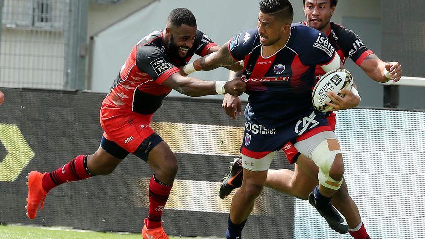 Grâce à leur victoire en match d'accession contre Oyonnax, le FC Grenoble retrouvait le Top 14 contre La Rochelle ce samedi
