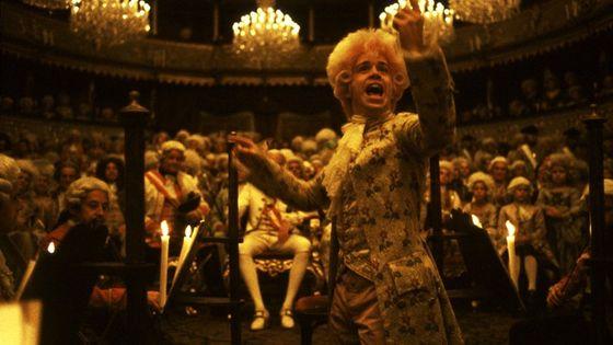 "Mozart dans ""Amadeus"" de Forman"