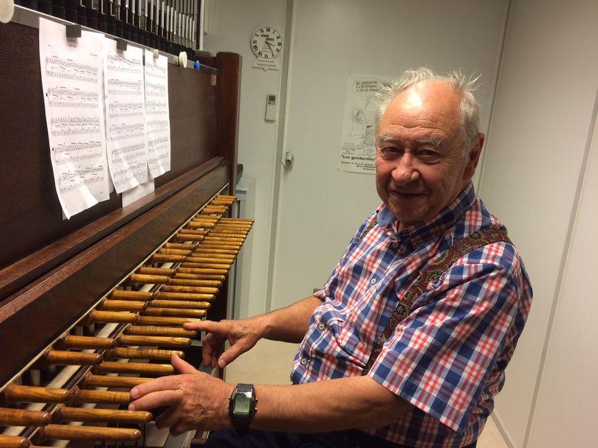 Alfred Lesecq, carillonneur à Hondschoote