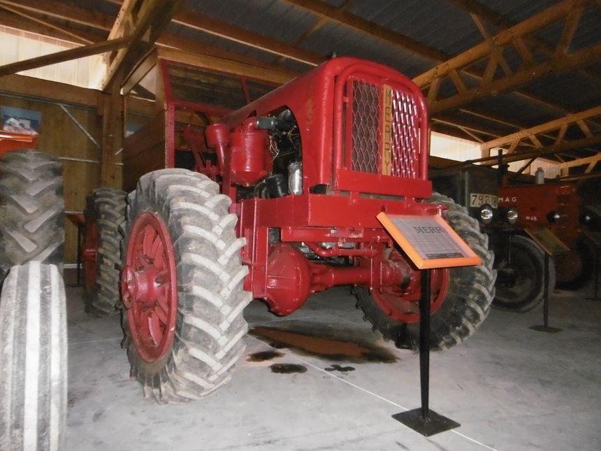 Tracteur Merry M47 - Châteauroux