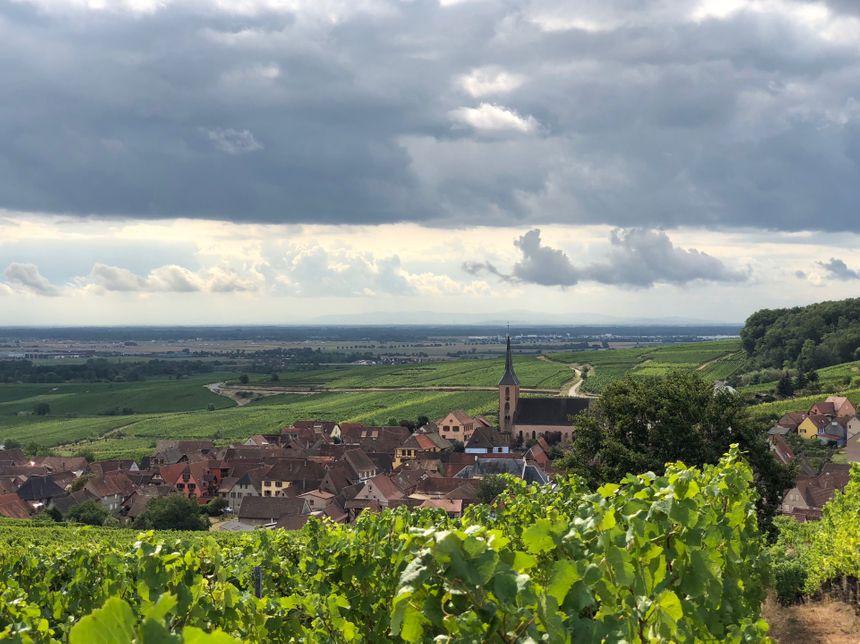 La jolie commune de Blienschwiller, sous les nuages...