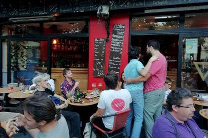 Un nouveau café-concert parisien l'Espace B, dans le XIXe arrondissement, est sous le coup d'une fermeture administrative pour des raisons de normes de sécurité
