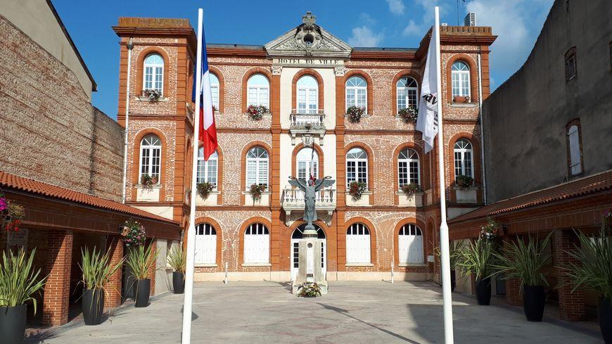 Mairie de Saverdun (09)