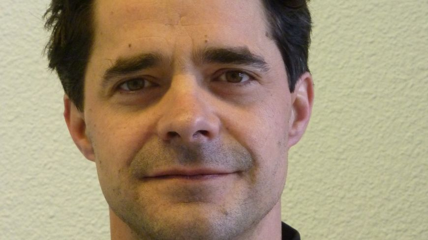 Luc Mounier, coordinateur de la chaire bien-être animal à Vetagro Sup