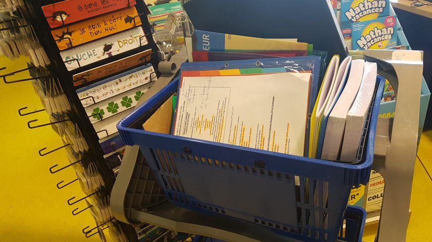 Il faut en moyenne 3 heures pour préparer une liste de fournitures scolaires pour la rentrée