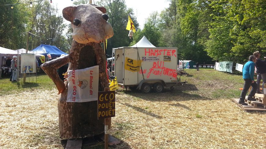 Le grand hamster, mascotte des opposants du GCO à Kolbsheim