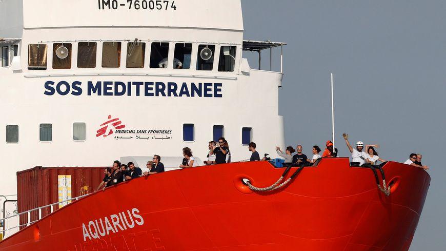 """Aquarius : la France """"prête à aider"""" l'Espagne pour """"accueillir"""" des migrants - Page 8 870x489_efesptwelve008552"""