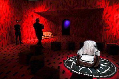 Une installation de David Lynch à la Fondation Cartier, qui n'est pas sans rappeler les décors de Twin Peaks