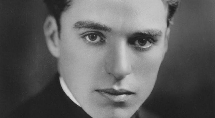 """Capture d'écran """"La Naissance de Charlot"""" documentaire, 2013, portrait de Charlie Chaplin."""