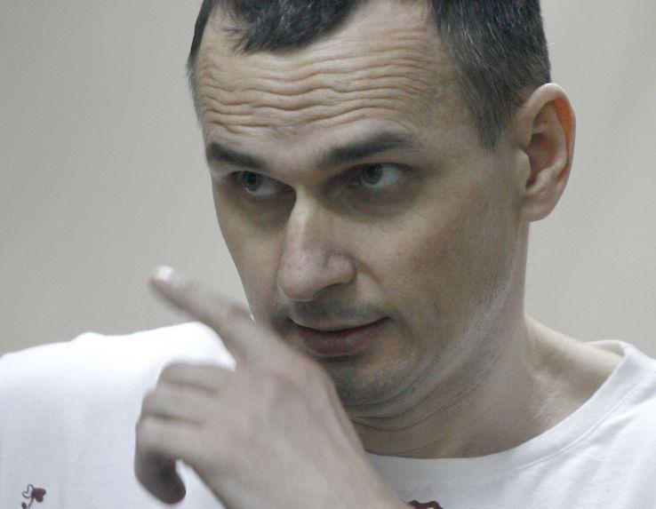 Olegt Sentsov lors de son procès en Russie en août 2015.