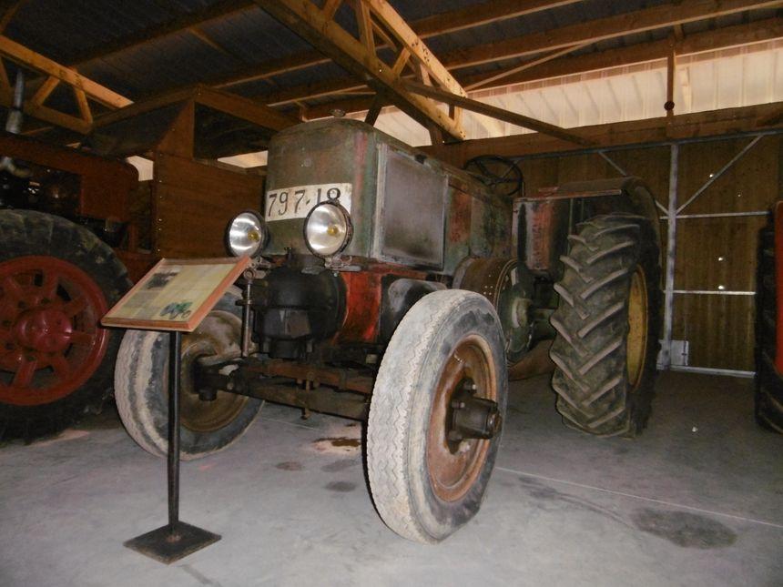 Tracteur Société Française Vierzon FV1 - Couy