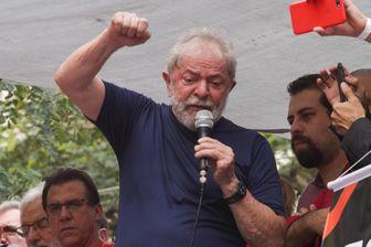 Lula s'adresse au quartier général de l'union des métallurgistes, à Sao Paulo, le 7 avril 2018