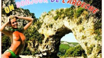 Une des nombreuses cartes postales sexistes répertoriées par Femmes Solidaires.