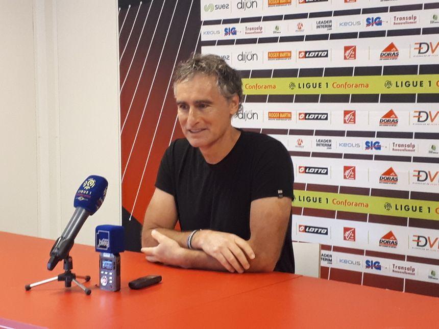 Olivier Dall'Oglio lors de la conférence de presse d'avant match Nice-DFCO