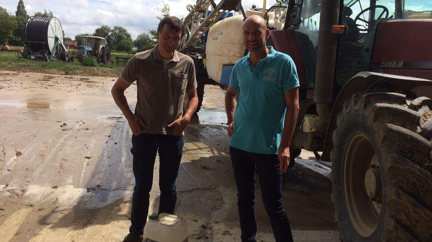 Deux agriculteurs nordistes utilisateurs du glyphosate, à Richebourg et Essars