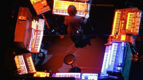 Épisode 2 : Synthétiseurs : du GRM à quelques machines