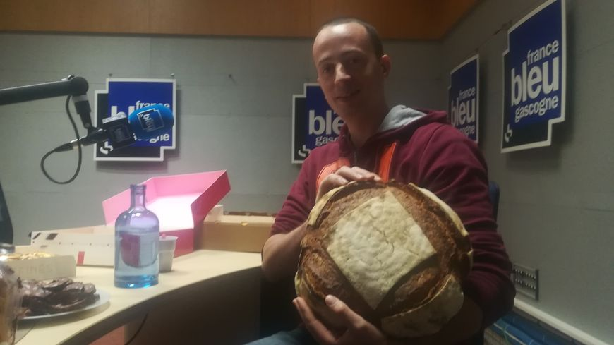 Sébastien Vallos, buolanger à Luxey