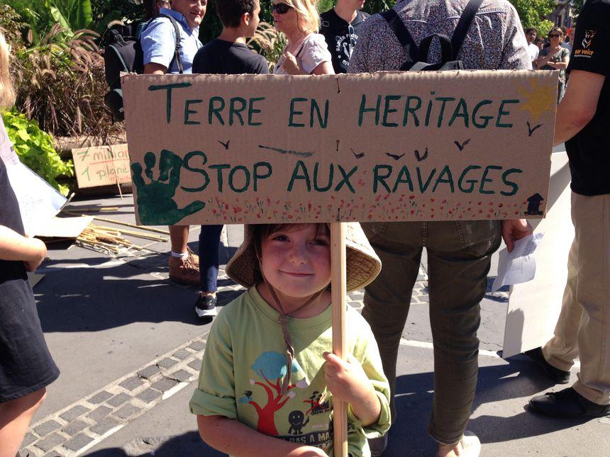 Les enfants, sensibilisés aux enjeux environnementaux