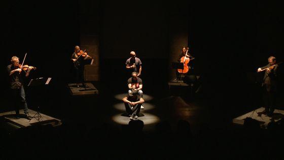 Les Flibustiers du Qlassik sur la scène du théâtre Paris-Villette