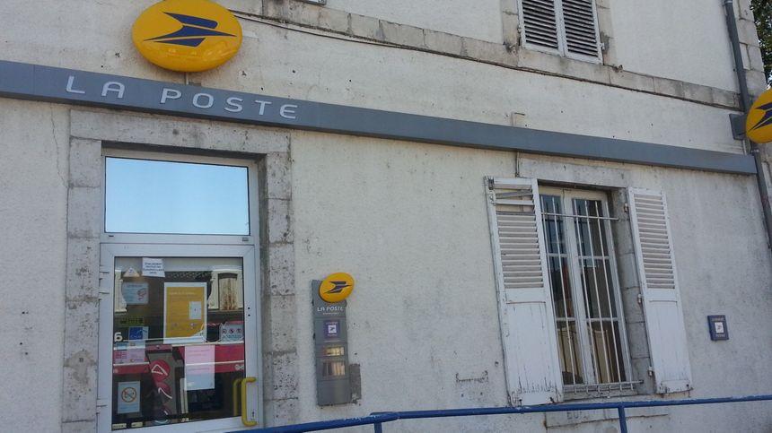 Le bureau de poste de Carnot à Bourges fermera le 31 décembre, un petit sursis de deux mois.