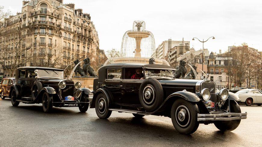 Des voitures anciennes vont parader dans Paris dimanche.