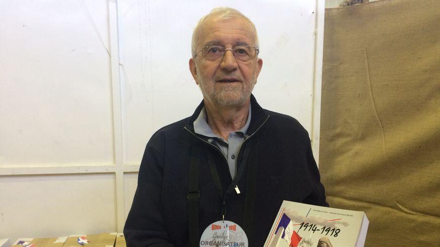 Onze tirages papier ont été réalisés du recueil que présente Maurice Faure