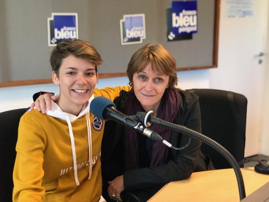 Adeline Poëtt et Adeline Rivière, une des comédiennes