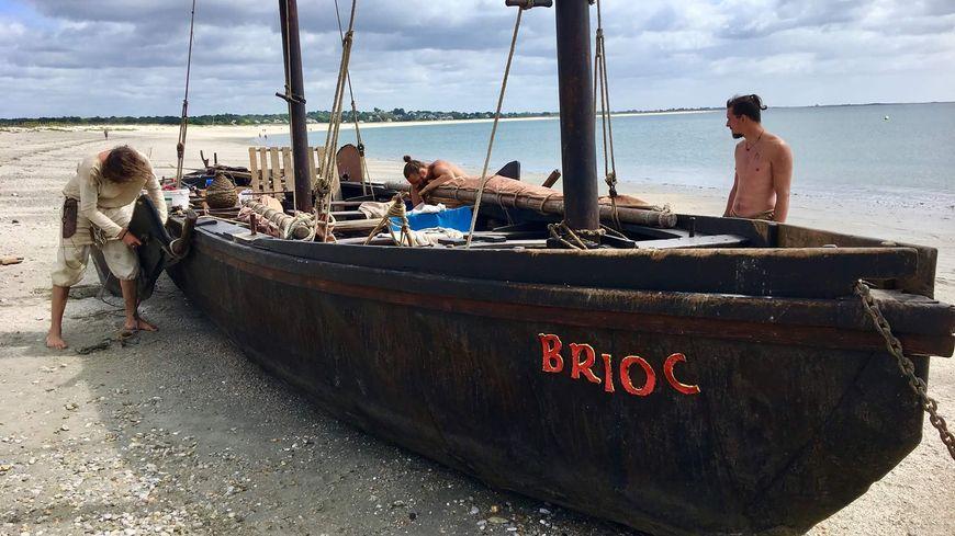 Le Brioc réplique d'un bateau du Moyen-Age a fait son tro Breizh
