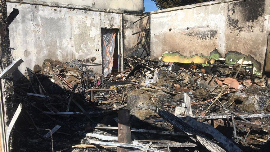 Ecole Champ Roy de Ménétrol, la classe de Blandine entièrement détruite par le feu